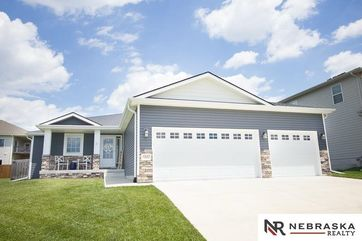 Photo of 7300 Andy Drive Lincoln, NE 68516
