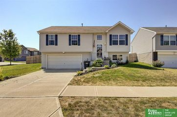 Photo of 9105 Weber Street Omaha, NE 68122