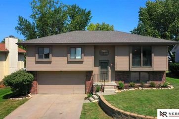 Photo of 16624 Weir Street Omaha, NE 68135