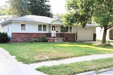 Photo of 6811 Sunshine Drive Omaha, NE 68107