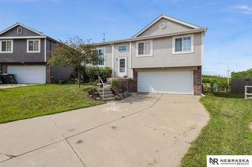 Photo of 11511 Bauman Circle Omaha, NE 68164