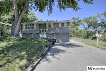 Photo of 9816 Nina Street Omaha, NE 68124