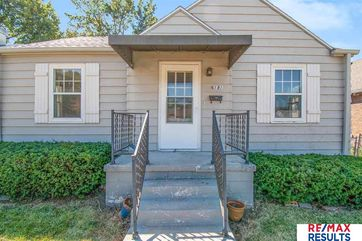 Photo of 6181 Hickory Street Omaha, NE 68106