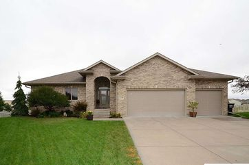 Photo of 21342 Castlerock Lane Gretna, NE 68028