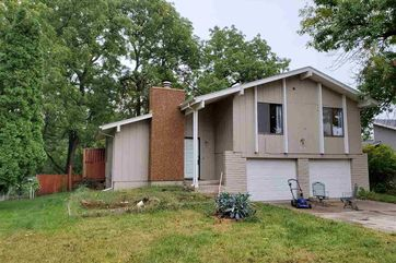 Photo of 8017 Wildewood Drive Ralston, NE 68127