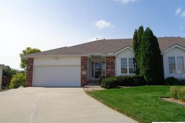 Photo of 2717 Lakeview Circle Plattsmouth, NE 68048