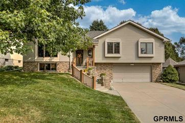 Photo of 17022 Hickory Circle Omaha, NE 68130