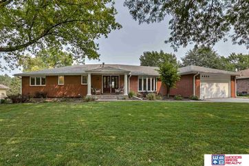 Photo of 5800 Rolling Hills Boulevard Lincoln, NE 68512