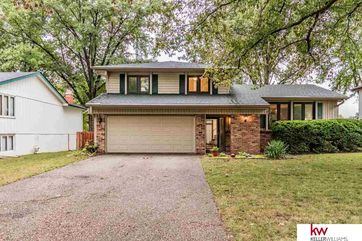 Photo of 11435 Queens Drive Omaha, NE 68164