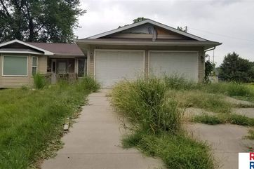 Photo of 2621 Lizzie Robinson Avenue Omaha, NE 68111