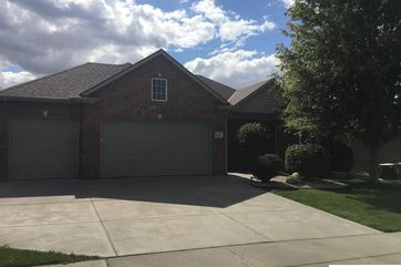 Photo of 8101 Hunters Ridge Road Lincoln, NE 68516