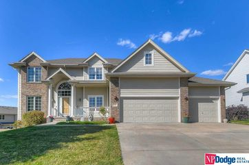 Photo of 1104 Lake Vista Drive Papillion, NE 68046