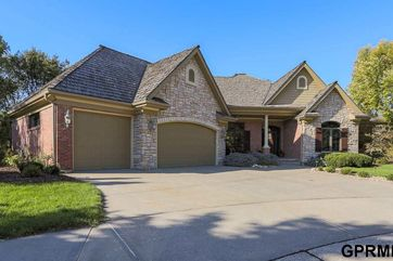 Photo of 300 Fawn Park Circle Council Bluffs, IA 51503