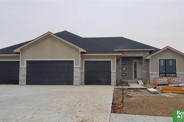 18320 Cheyenne Road Omaha, NE 68136 - Image 1