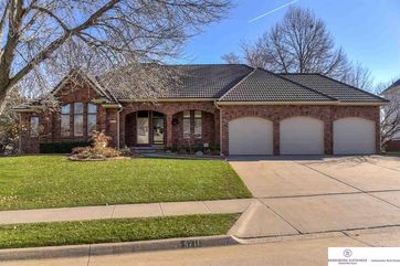 Photo of 5711 S 118 Plaza Omaha, NE 68137