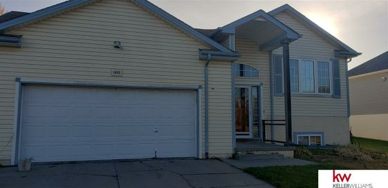 1605 N 21 Street Omaha, NE 68110