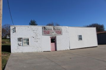 205 & 213 S COMMERCIAL Street CARSON, IA 51525 - Image 1