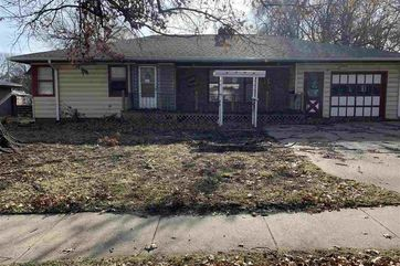 Photo of 6701 Adams Street Lincoln, NE 68507