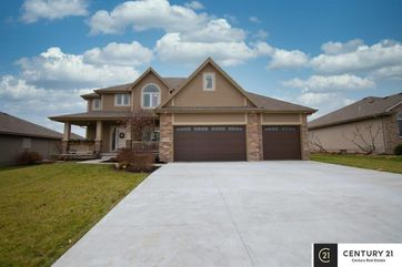 Photo of 7617 Legacy Street Papillion, NE 68046