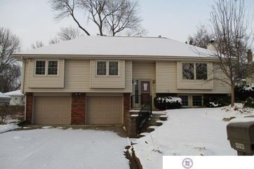 Photo of 4814 Dumfries Drive Bellevue, NE 68157