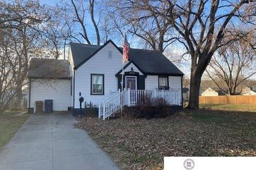 Photo of 2102 Main Street Bellevue, NE 68005