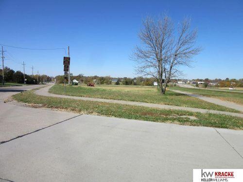 0 HWY 136 Highway Beatrice, NE 68310
