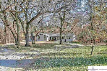 Photo of 6477 Burr Oak Lane Omaha, NE 68122