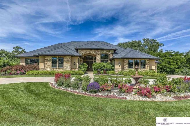 17445-Valley-Drive-Omaha-NE-68130