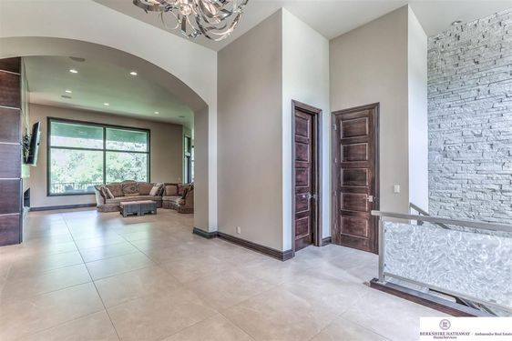 17445 Valley Drive - Photo 4