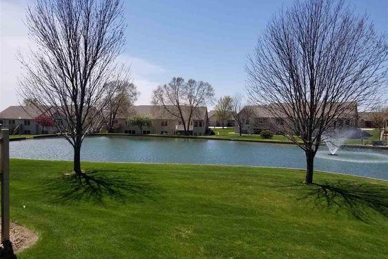607 Springview Circle - Photo 4
