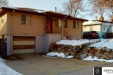 Photo of 3736 S 49th Avenue Omaha, NE 68106