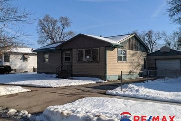 Photo of 2743 7th Avenue Council Bluffs, IA 51501