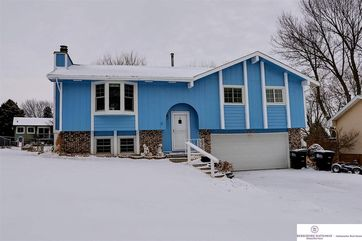 Photo of 12124 Burdette Circle Omaha, NE 68164