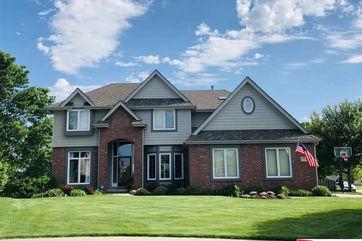 Photo of 17225 V Circle Omaha, NE 68135 - Image 2