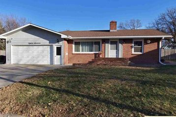 1817 Summit Street Beatrice, NE 68310 - Image 1