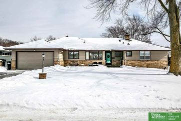 Photo of 1031 Hillcrest Drive Omaha, NE 68132