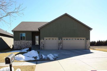 Photo of 2727 Shadowbrook Drive Lincoln, NE 68516-7757