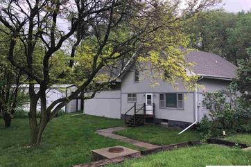 Photo of 12988 Co Road 40 Bennington, NE 68007