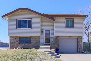 Photo of 2824 S 9th Street Council Bluffs, IA 51501