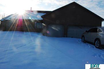 Photo of 41 Jansen Circle Circle Saint Paul, NE 68873