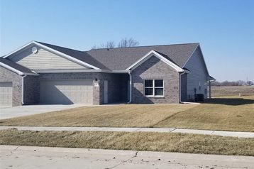 909 Meadow Street Beatrice, NE 68310 - Image 1