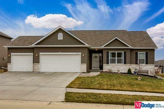 20611 Grand Avenue Elkhorn, NE 68022
