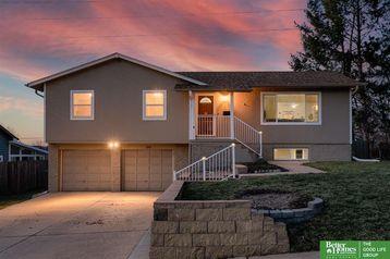 8748 S Glenview Drive La Vista, NE 68128 - Image 1