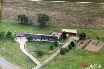 1710 County Rd G Road Wahoo, NE 68066 - Image 1