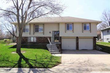 1412 N 146th Plaza Omaha, NE 68154 - Image 1