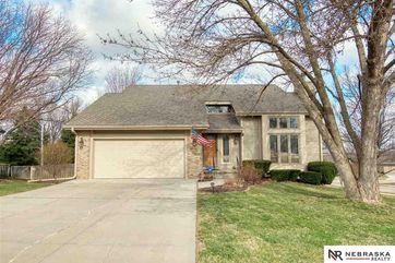 Photo of 13304 Sherwood Circle Omaha, NE 68164
