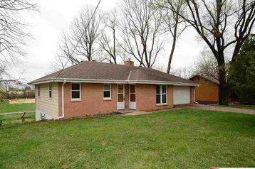 7632 Irvington Road Omaha, NE 68122 - Image 1