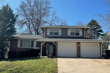 Photo of 11323 Fowler Avenue Omaha, NE 68164