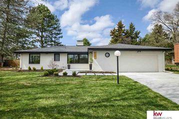 844 Parkwood Lane Omaha, NE 68132 - Image 1