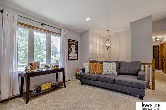 7205 S 74th Avenue - Photo 4